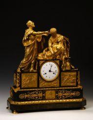 """Часы со скульптурной группой """"Самоубийство Лукреции"""". Начало XIX в. Франция, мастерская Галле. Бронза, золочение, патинирование 61,5 х 53 х 19"""