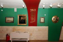 """Экспозиция выставки """"Музы и чины"""""""